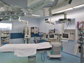 'Begeleid ouderen beter rond zware operatie'