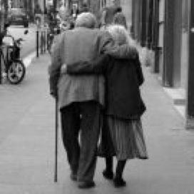 AWBZ-bezuiniging raakt allochtone ouderen