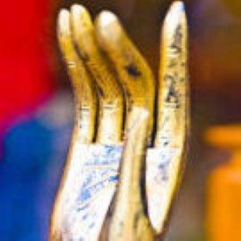 Bussemaker uit kritiek op gouden handdruk Tanke