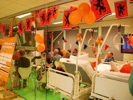 Patiënten in Martini Ziekenhuis kijken WK in 'skybox'