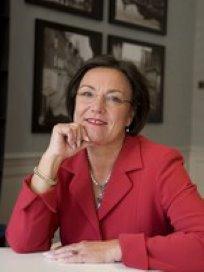 Gerdi Verbeet wil voorzichtige groei patiëntenverenigingen