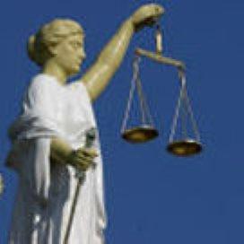 Fusiepartners Zorgcirkel staan voor de rechter