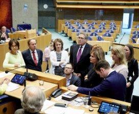 Geen motie van D66 tegen Martin van Rijn