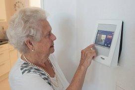 Van Rijn in gesprek over domotica ouderenzorg