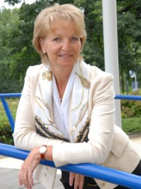 Mary Groenewoud toezichthouder Vitras/CMD