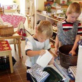 Veldhuijzen: Kinderen mogen meehelpen in huishouden