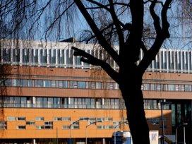 Oomen hekelt besluit NMa over Vlietland-coöperatie