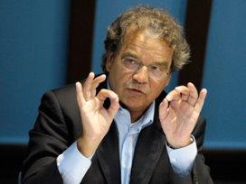 Kees Korthals directeur MEE Nederland overleden
