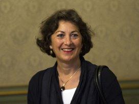Staatssecretaris VWS valt van de trap