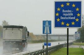 Schippers spreekt met Duitsland over zwarte lijst