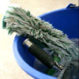 'Gemeenten zetten geen schoonmaakbedrijven in'