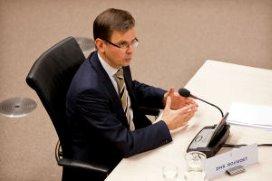 Rouvoet: 'Meer fusies verzekeraars onwenselijk'