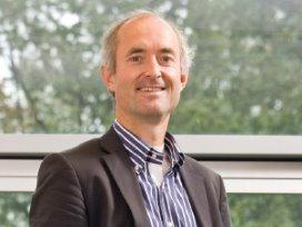 Gynaecoloog Jan Kremer pleit voor minder handelingen