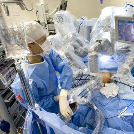 'Ziekenhuizen fuseren te makkelijk'
