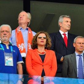 Minister Edith Schippers in het stadion voorafgaand aan de wedstrijd Spanje-Nederland tijdens het WK voetbal.