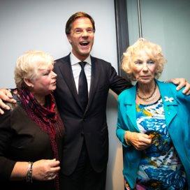 Premier Rutte op de foto met Libelle-lezers.