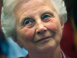 Els Borst pleit voor concentratie kankerzorg