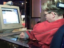 Stichting wil verstandelijk gehandicapten online