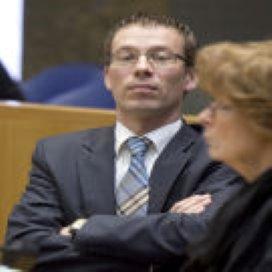 Kamer wil dat minister monsterfusie blokkeert