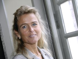 Barbara Baarsma krijgt NVZ onderscheiding