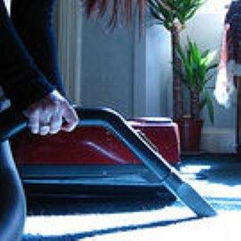 'Huishoudelijke hulp hoeft niet aanbesteed'
