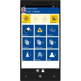 Dashboard van de app voor artsen. Op het scherm staan tegels waarmee de gegevens van de patiënt te bekijken zijn.