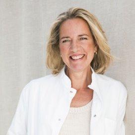 Carina Hilders wordt bijzonder hoogleraar 'Medisch Leiderschap'
