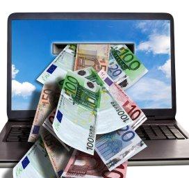 computer.geld.fotolia.jpg
