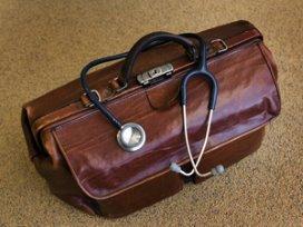 Kledingstijl beïnvloedt geloofwaardigheid dokter