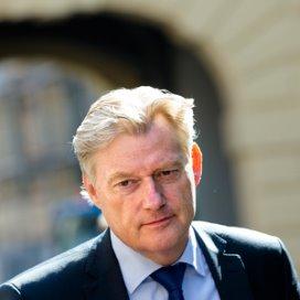 Van Rijn maakt tour langs 400 zorgwethouders