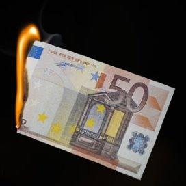 Verzekeraars kochten zorg 2012 te duur in