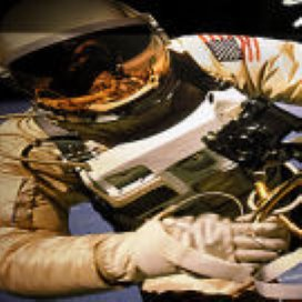 Opereren in astronautenpak