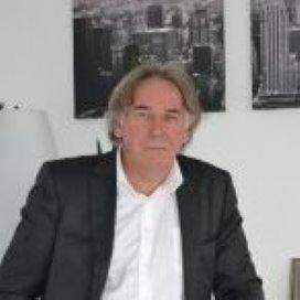 Bestuurslid V&VN Johan Detering overleden