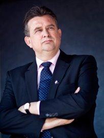Roemer wil snijden in bureaucratie zorg