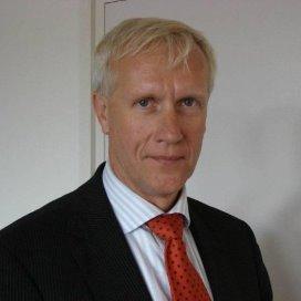 Hoefsmit voorzitter Nij Smellinghe en Zorggroep Pasana