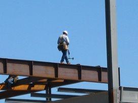 'Faillissement dreigt voor ziekenhuizen om bouwkosten'