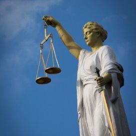'Schrappen thuiszorg wettelijk verboden'