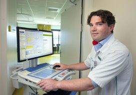 Martini Ziekenhuis over op digitale dossiers