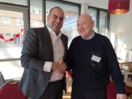 Oprichter Leven & Zorg Mohamed Bouri (links)