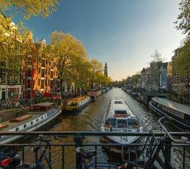 amsterdam.pixabay.jpg