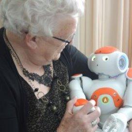 Zorgrobot Zora wint zorginnovatie start-up award