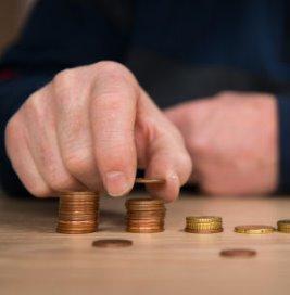 Burgers gaan minder betalen voor langdurige zorg