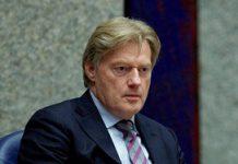 Van Rijn gaat harder optreden tegen bureaucratie