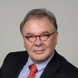 Dirk Jan Verbeek nieuwe voorzitter VieCuri