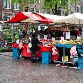Nederlander bezorgd en tevreden over zorg