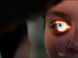 Ophef om Nederlandse oogchirurg in Portugal