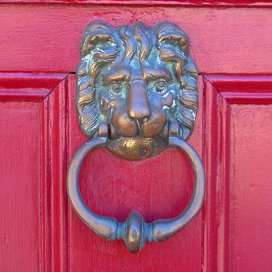 doorknocker_450.jpg