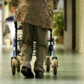 PvdA: extra geld verpleeghuizen