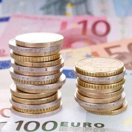 Geld stapels afname.fotolia.jpg