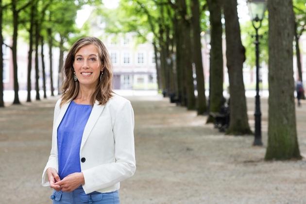 Corinne Ellermeet: stop schimmige constructies